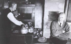 Ime koga je Heidegger? Okrogla miza ob 130. obletnici Heideggerjevega rojstva